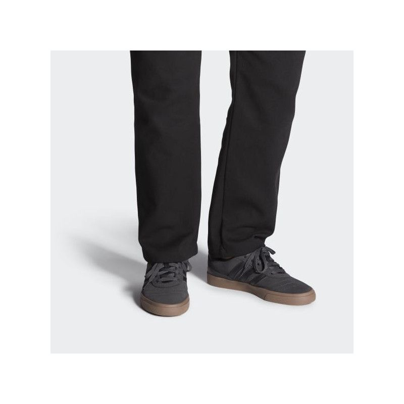 Zapatillas Adidas: BUSENITZ VULC (DGH SOLID GREY BLACK GUM5)