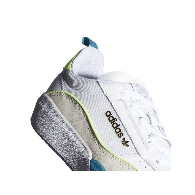 Zapatillas Adidas: LIBERTY CUP (FTWR BLANCO)