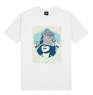 Camiseta Obey: ARE WE BETRAYING THE PLANET (WHITE)