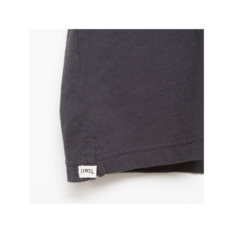 Camiseta Tiwel: LEMY (PIRATE BLACK)