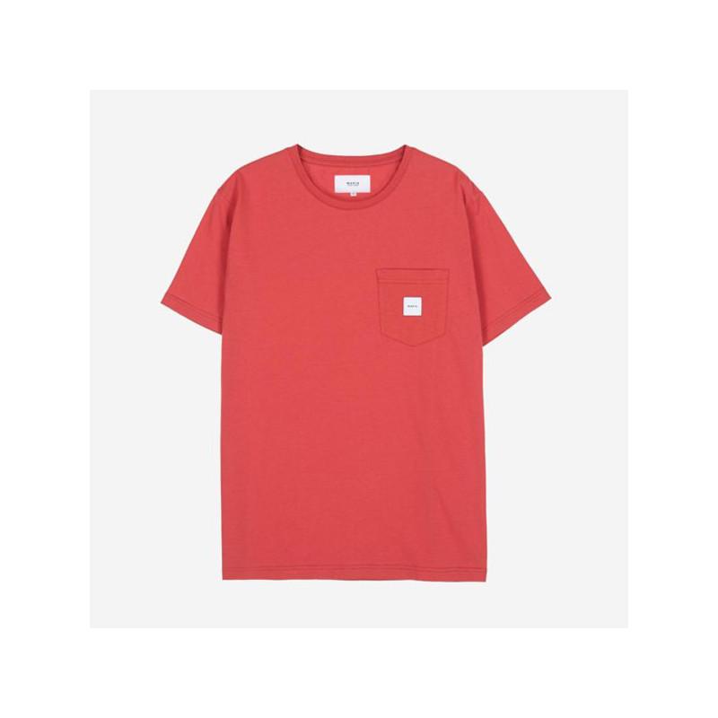 Camiseta Makia: Square Pocket T Shirt (Red)