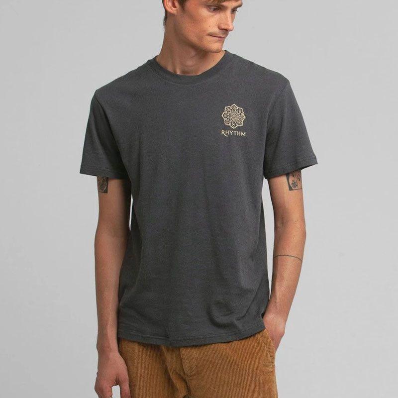 Camiseta Rhythm: SUNDALA LINEN TSHIRT (Charcoal)