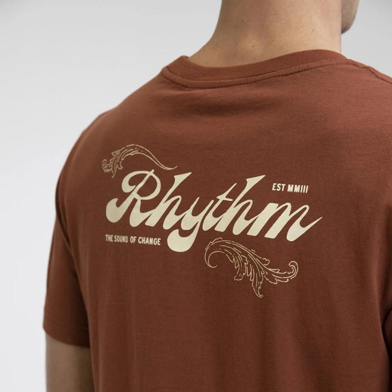 Camiseta Rhythm: LEGACY T-SHIRT (Henna)