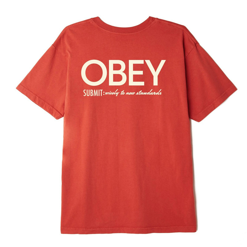 Camiseta Obey: SUBMIT WISELY (CHILI)