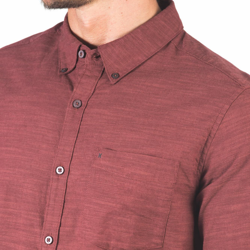 Camisa Hurley: ONE AND ONLY WOVEN 20 LS (MYSTIC DATES)