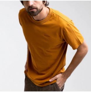 Camiseta Rhythm: Essential Logo T-Shirt (Tobacco) Rhythm - 1
